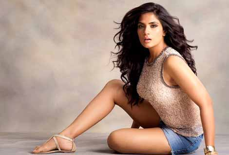 Richa Chadha happy it's time for 'good movies'