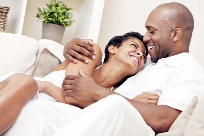 Things men do that make women fall deeper in love