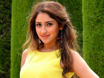'Shivaay' was a learning experience for me: SayyeshaaSaigal