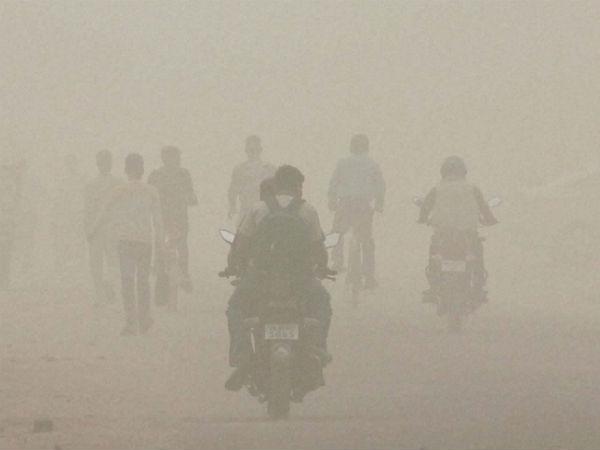 Smog hits employees, hampers work
