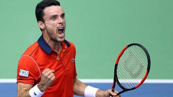 Spain completes comeback in Davis Cup