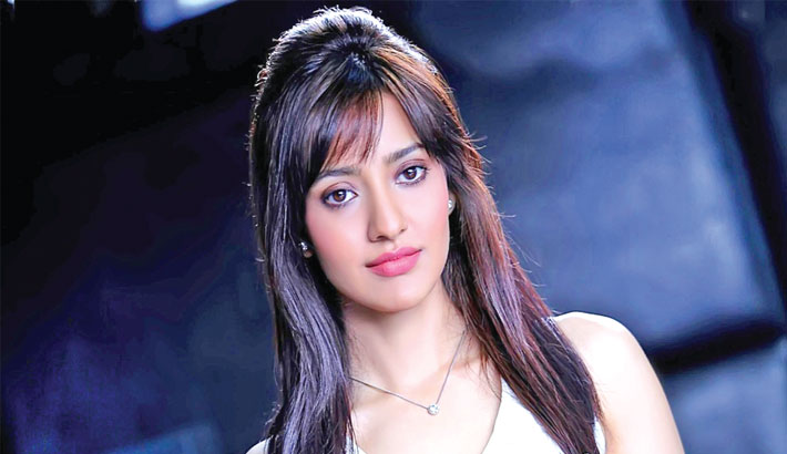 "Actress Neha Sharma, who was last seen in the second instalment of ""Tum Bin"", says that she is very picky about the scripts and roles.  Neha ventured into Bollywood in 2010 and has worked in seven Hindi films like ""Crook: It's Good To Be Bad"", ""Kyaa Super Kool Hain Hum"", ""Yamla Pagla Deewana 2"", ""Jayantabhai Ki Luv Story"", ""Youngistaan"", ""Kriti"", Tum Bin 2"" and will be seen making a special appearance in Anees Bazmi's ""Mubarakan"".  Asked if she will call herself picky about roles and scripts, Neha said: ""Yes, I guess. Since I see some people do five films a year. I do want to pick interesting subjects that excite me and stuff that is different from what I have done earlier.""  The 29-year-old actress added: ""In that bargain, I think the options become very limited.""  Talking about other films in her kitty, Neha said: ""Few things that I am looking at. I will talk about them as soon as I can.""  ""Mubarakan"" also stars Anil Kapoor, Arjun Kapoor, Ileana D'Cruz and Athiya Shetty in a key roles. The film is being shot in London. It is produced by Sony Pictures Networks Productions and Cine1 Studios.  Anil and Arjun both play turbaned Sikhs in ""Mubarakan"" and this is the first time that the uncle-nephew duo are sharing screen space on big screen."