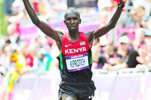 Kenya's Kipsang taunts rivals ahead of Berlin marathon